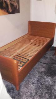 Elektrisches Holzbett
