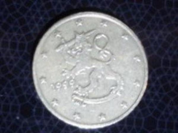 Euro 50 Cent 1999 Finnland - Bottrop Stadtmitte - Verkaufe eine 50 Cent Münze 1999 aus Finnland. Die Münze war im Umlauf. Preis: 4,00 Euro. - Bottrop Stadtmitte