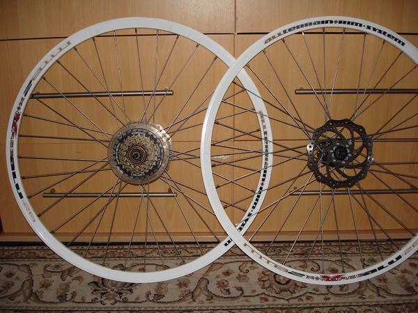 fahrrad felgen 28 gebraucht kaufen nur 2 st bis 65. Black Bedroom Furniture Sets. Home Design Ideas