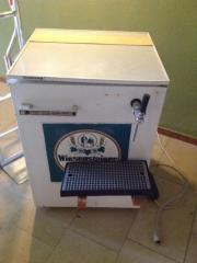 Fassbierkühlschränke mit Zapfanlagen