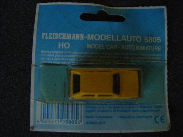 Fleischmann Modellauto 5805 HO gelbes VW Postauto - Wuppertal - Verkaufe ein Fleischmann HO Modellauto 5805 mit orig.Verpackung.Diese wurde zwar geöffnet, das Modellauto wurde aber nie verwendet. Gerne Abholung, ansonsten zzgl. 5,- Euro Versandkosten.Als Privatverkäufer schließe ich Garantie, Gewährlei - Wuppertal
