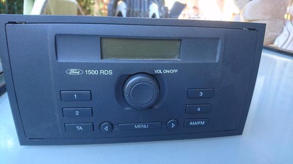 Ford Autoradio mit Code