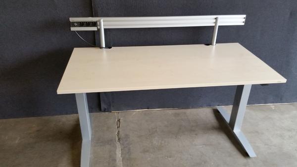 Schreibtisch ahorn gebraucht kaufen 2 st bis 70 g nstiger for Schreibtisch quoka