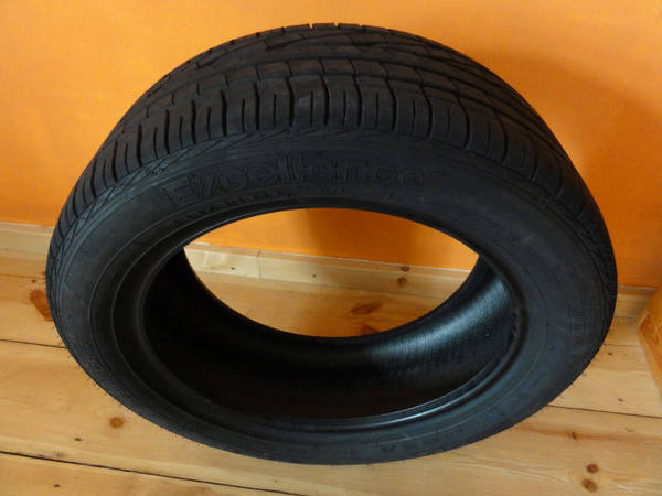 GOODYEAR EXCELLENCE 225 50R17 98W