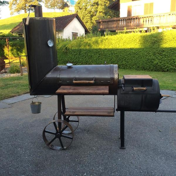 griller 39 smoker 39 bbq grillwagen massiv in hohenweiler sonstiges f r den garten balkon. Black Bedroom Furniture Sets. Home Design Ideas