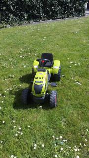 Grüner Traktor Firma