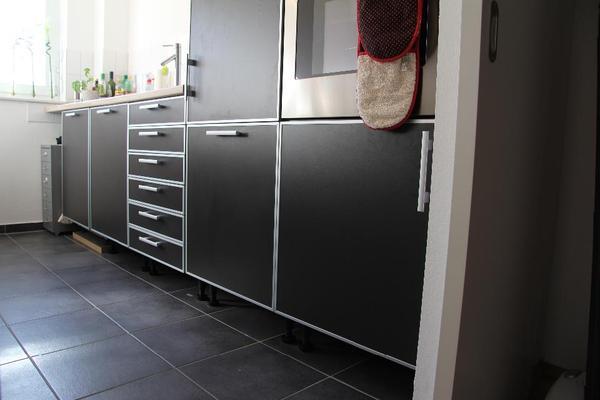 hochwertige Küche von Goldpfeil, Ikea, Gaggenau, Zanussi in grau ... | {Küchenschrank ikea grau 54}