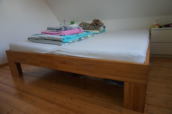 bett vollholz gebraucht kaufen nur 2 st bis 60 g nstiger. Black Bedroom Furniture Sets. Home Design Ideas