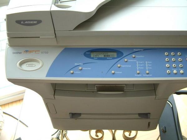 HP und Brother MFC 9750
