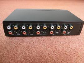 HQ Manueller 4-Port-Audio Video-Switch: Kleinanzeigen aus Freising Innenstadt - Rubrik Netzwerkkarten, Hubs, Switches