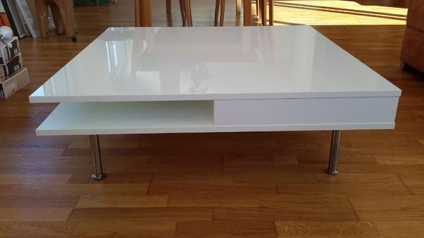 ikea couchtisch lack weiss modern in dornbirn. Black Bedroom Furniture Sets. Home Design Ideas