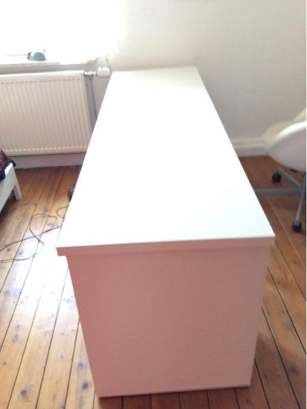 Büromöbel weiss ikea  IKEA Schreibtisch weiß ohne Schränkchen zu verkaufen in Mannheim ...