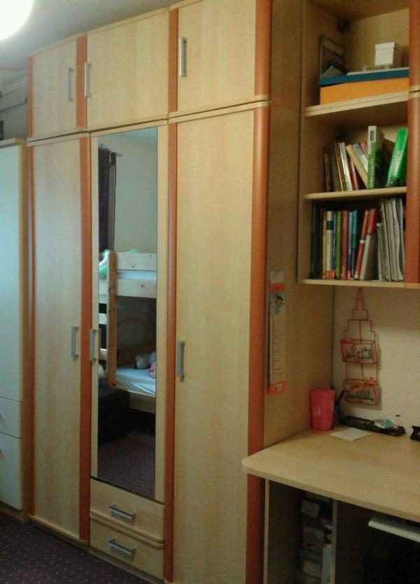 jugendzimmer kinderzimmer wie neu 5 tlg segm ller komplett rollrost und matratzen kleiderschrank. Black Bedroom Furniture Sets. Home Design Ideas