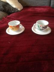Kaffeetassen mit Untersetzer