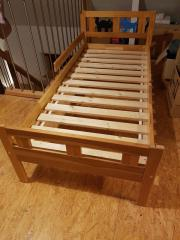 Kinderbett 70X140 mit Lattenrost aus