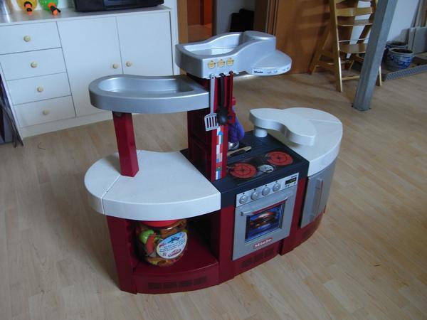 Kinderkuche spielkuche kuche kinder miele kuche in for Küche kinderspielzeug