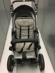 Kinderwagen mit Lammfell