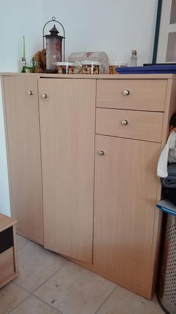schlafzimmer kommode ankauf und verkauf anzeigen. Black Bedroom Furniture Sets. Home Design Ideas