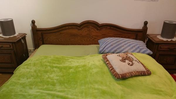 Komplettes Schlafzimmer Eiche Rustikal Schrank, Bett200x200