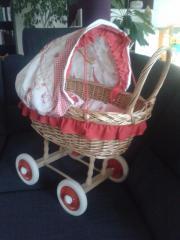 Korb-Puppenwagen