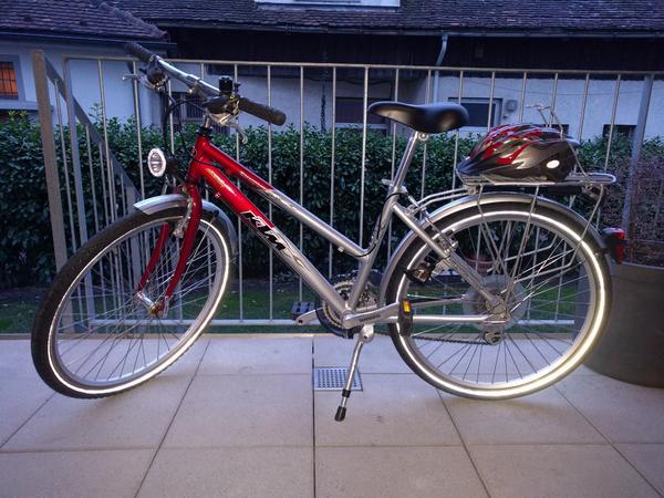 ktm kinder m dchen fahrrad in lustenau kinder fahrr der. Black Bedroom Furniture Sets. Home Design Ideas