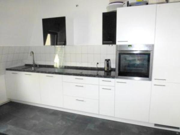 küche nolte lack matt weiß, granit, ca. 4m induktion neff aeg in ... - Neff Küche