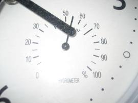 Bild 4 - Küchenuhr weiß mit Thermometer und - Birkenheide Feuerberg