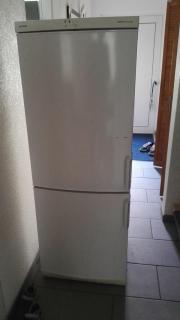 Kühl-Gefrierkombination von