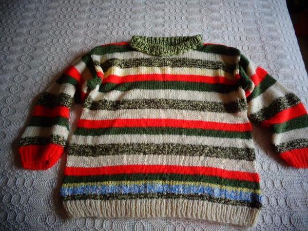 Mädchenbekleidung Pullover bunt gestreift ca