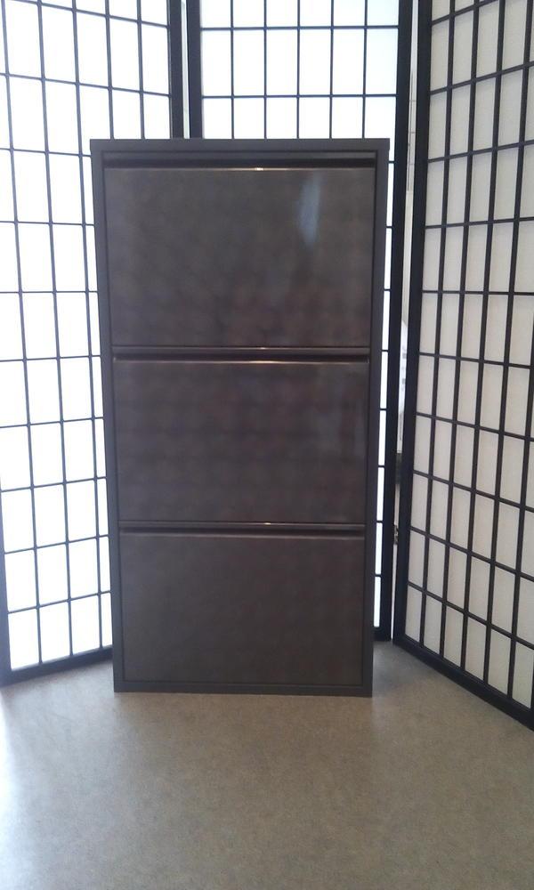 metall schuhschrank neu und gebraucht kaufen bei. Black Bedroom Furniture Sets. Home Design Ideas