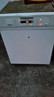 Miele Spülmaschine , voll
