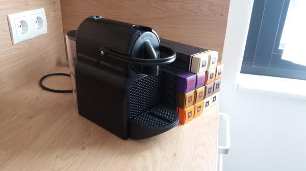nespresso kapsel kaffeemaschine und kapseln in ludesch. Black Bedroom Furniture Sets. Home Design Ideas