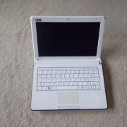 Netbook Q10 air;