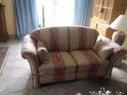Neuwertige Sofas der