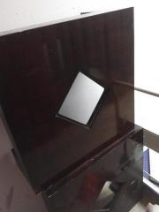 niedriger Tisch Glassscheibe