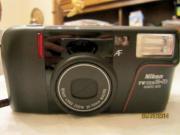 Nikon analoge Filmkamera TW zoom