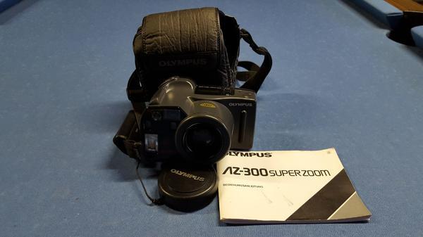 Olympus AZ - 300 SuperZoom - Münster - Analogcamera aus Haushaltsauflösung mit BT und Bedienungsanleitung, macht einen gepflegten Eindruck. f = 38 - 105 mm 1:4,5 - 6+ Porto als Paket 6,99 EUR oder Abholung in Mömlingen - Münster