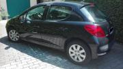 Peugeot 207 zu