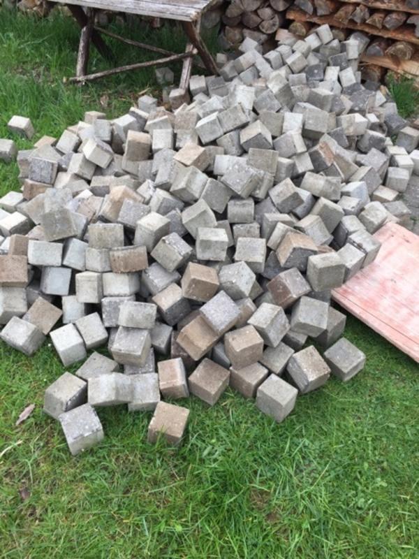pflastersteine steine neu und gebraucht kaufen bei. Black Bedroom Furniture Sets. Home Design Ideas