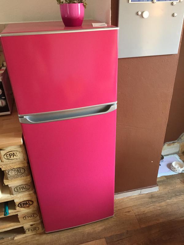 Küchenzeile pink  Pinker Herd & pinker Kühlschrank in Plankstadt - Küchenzeilen ...