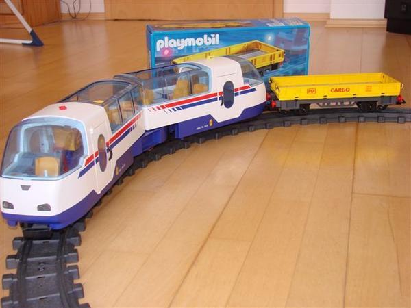 Playmobil-Eisenbahnzubehör - ideales Geschenk