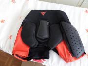 Protektoren-Unterhose von