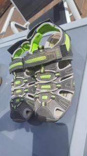 Sandalen Größe 33