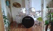 Schlagzeug gebraucht zu
