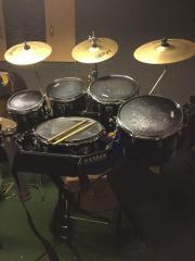 Schlagzeugwagen / Gasser