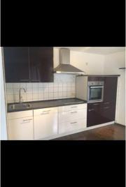 Hochwertige küchenzeilen  Schöne Hochwertige Küchenzeile mit allen Elektrogeräten in ...