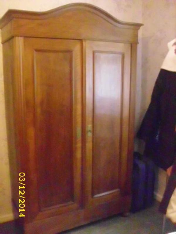 sch ner alter schrank in stutensee schr nke sonstige. Black Bedroom Furniture Sets. Home Design Ideas