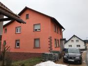 Schönes Zweifamilienhaus in