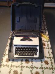 Schreibmaschine Triumph Gabriele