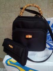 Schwarze Handtasche mit Bambus Grif